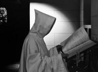 los-monjes-de-georgia-tienen-que-generar-sus-ingresos-para-poder-vivir